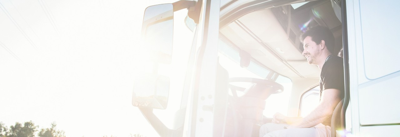 Volvo trucks managing dynafleet fuel environment open door sunny